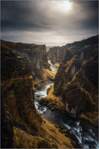 Premium poster River leads through a canyon in Iceland
