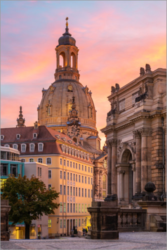 Premium poster Dresdner Frauenkirche in the evening light