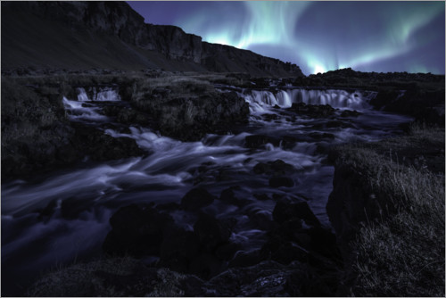 Premium poster Northern lights at the waterfall, Iceland