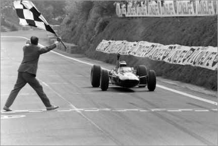 Canvas print  Jim Clark takes the chequered flag, French GP 1965