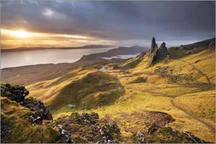 Canvas print  The Old Man of Storr at sunrise - The Wandering Soul