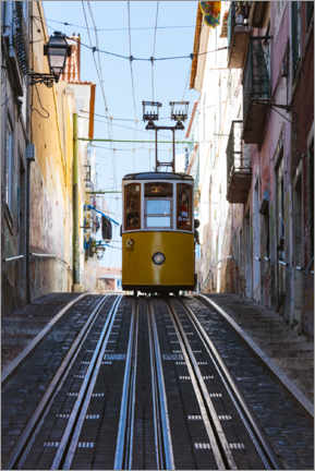 Premium poster  Yellow cable car in Lisbon - Matteo Colombo