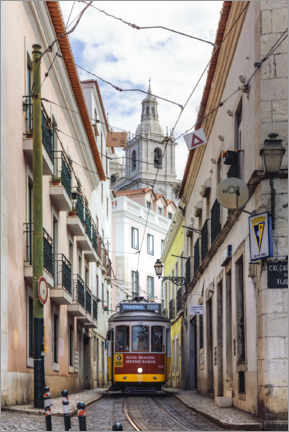 Premium poster  Tram in Lisbon old town - Matteo Colombo