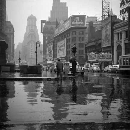 Premium poster Times Square on a rainy day, 1943