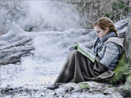 Premium poster  The Deathly Hallows I - Hermione with her book