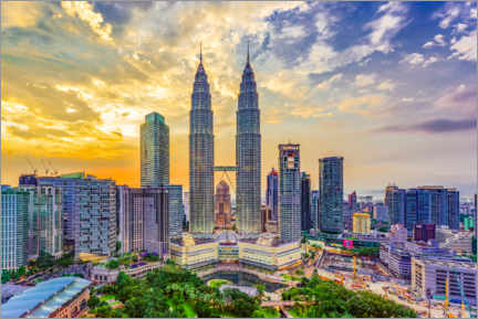 Gallery print  Kuala Lumpur with the Petronas Towers in the sunset - HADYPHOTO