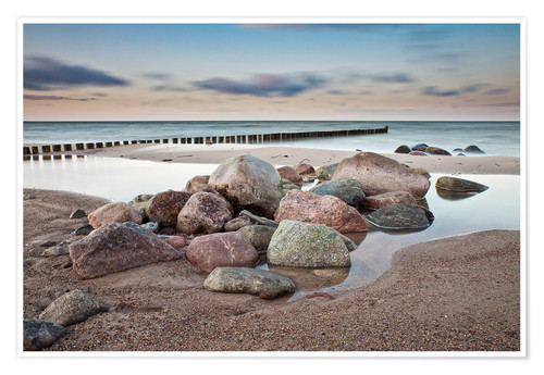 Premium poster Stones and groynes on shore of the Baltic Sea.