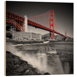 Wood print  Golden Gate Bridge Fort Point - Melanie Viola