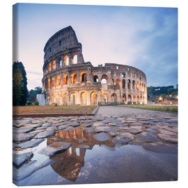 Canvas print  Colosseum reflected into water - Matteo Colombo
