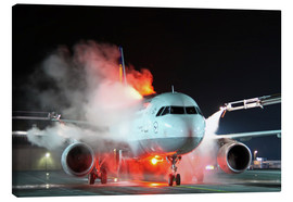Canvas print  De-icing of an Airbus A320 - HADYPHOTO