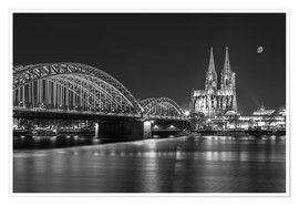 Premium poster  Cologne Cathedral and Hohenzollern Bridge at night (b / w) - rclassen