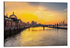 Aluminium print  Hamburg - historic fish market at dawn