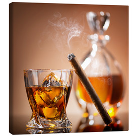 Canvas print  Cigar on glass of whiskey with ice cubes