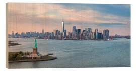 Wood print  New York skyline with Statue of Liberty - Matteo Colombo
