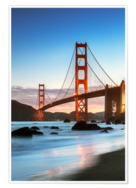 Premium poster  Golden gate bridge at dawn from Baker beach, San Francisco, California, USA - Matteo Colombo