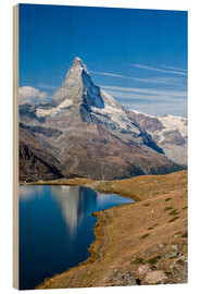 Wood print  Hikers walking on the path beside the Stellisee with the Matterhorn reflected. Zermatt Canton of Val - Roberto Sysa Moiola