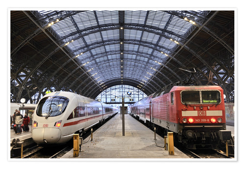 Premium poster ICE and InterRegio trains in the central station