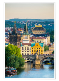 Premium poster  View of Charles Bridge and buildings at Mala Strana Old Town - Jason Langley